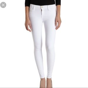 FRAME white jeans with no STAINS